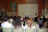 Los alumnos del IES Villa de Alguazas asisten a unas charlas sobre Seguridad Vial
