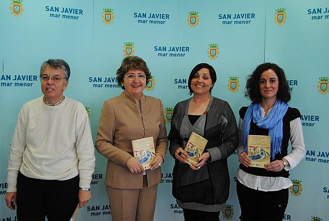 Servicios Sociales edita una guía socioeducativa del municipio en español, inglés y árabe - 1, Foto 1
