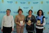 Servicios Sociales edita una guía socioeducativa del municipio en español, inglés y árabe