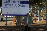 La concejalía de Turismo dota la playa Pescador con un circuito biosaludable para personas mayores