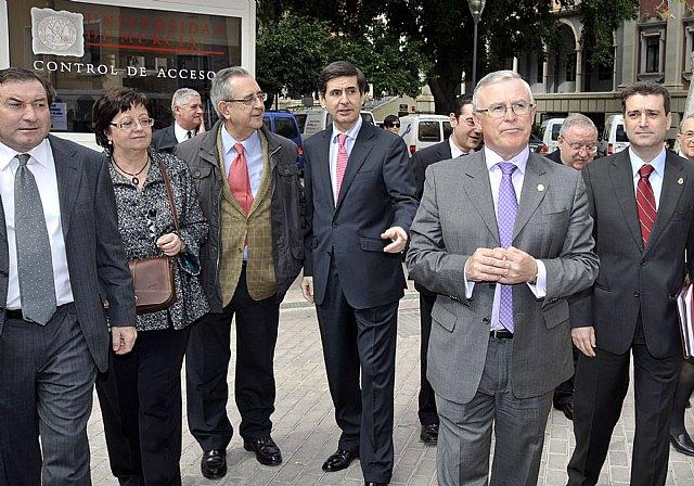 El rector de la Universidad Rey Juan Carlos analizó las posibles reformas constitucionales - 1, Foto 1