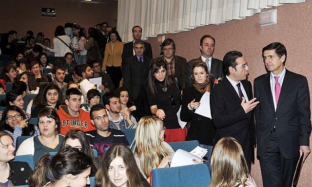 El rector de la Universidad Rey Juan Carlos analizó las posibles reformas constitucionales - 2, Foto 2