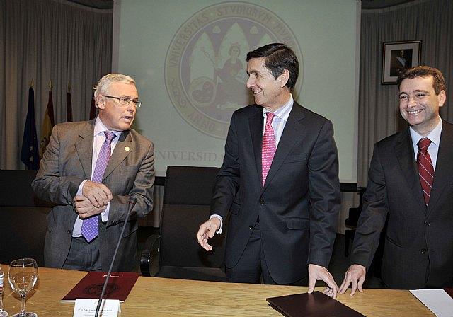 El rector de la Universidad Rey Juan Carlos analizó las posibles reformas constitucionales - 4, Foto 4