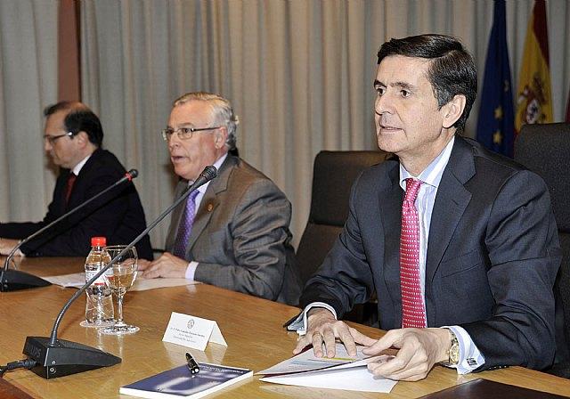 El rector de la Universidad Rey Juan Carlos analizó las posibles reformas constitucionales - 5, Foto 5