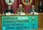 """""""La E-Administración ofrece tecnología, estrategias y proyectos al servicio del ciudadano"""""""