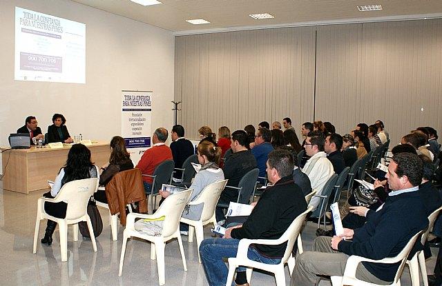 El Ayuntamiento presenta el programa de ayudas para empresas del Instituto de Fomento ante más de un centenar de empresarios lumbrerenses - 1, Foto 1