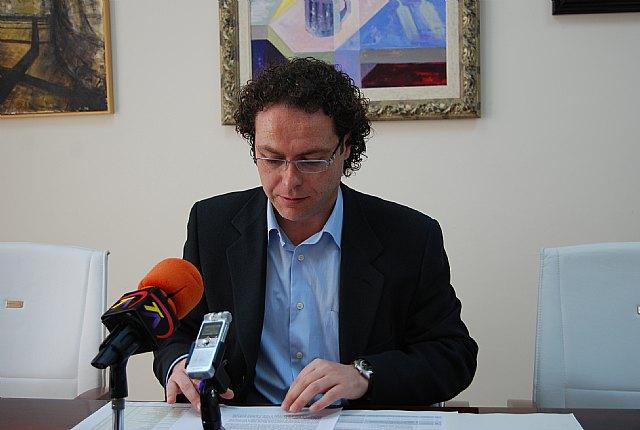 El Ayuntamiento de Alhama de Murcia y CONSUMUR mantienen una estrecha relación en defensa de los derechos de los consumidores, Foto 1