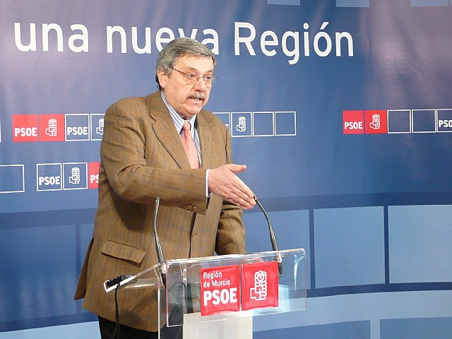 """Manuel Hurtado: """"La prueba de la efectividad del PlanE de 2009 es que los ayuntamientos han vuelto a acudir al nuevo de 2010"""", Foto 1"""