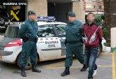 La Guardia Civil detiene a una persona en Santomera dedicada a cometer robos con violencia