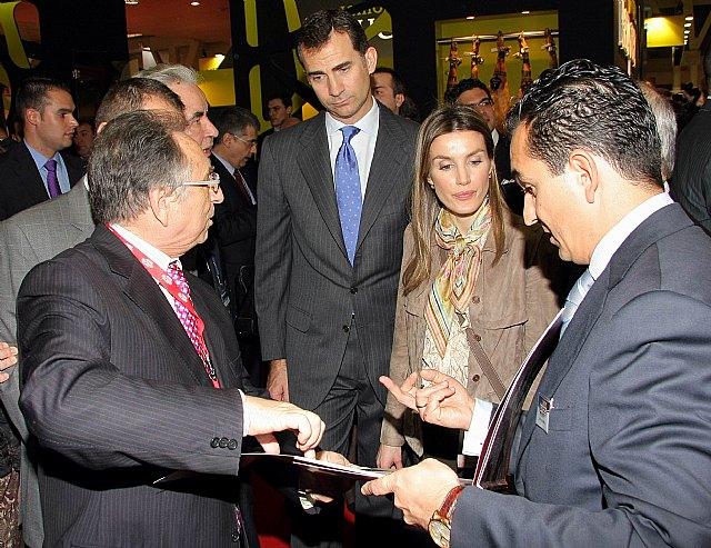 Sus Altezas Reales los Príncipes de Asturias visitaron este lunes el stand de ElPozo Alimentación en la Feria Alimentaria de Barcelona, Foto 2