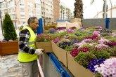 Más de 9.000 flores adornan los jardines del casco para Semana Santa