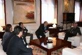 Valcárcel recibe a la junta directiva del Ilustre Colegio de Abogados de Cartagena