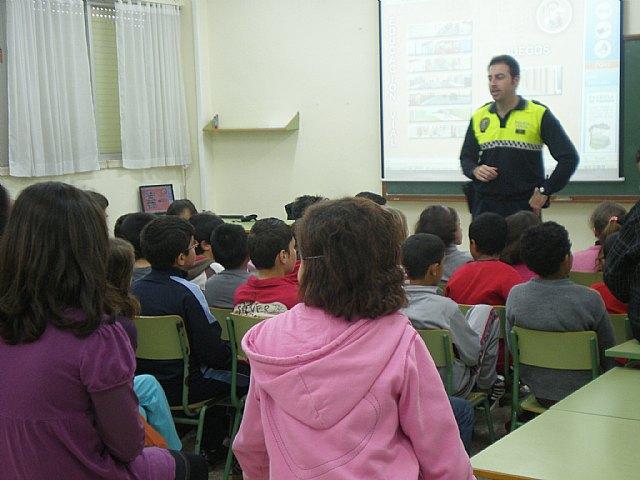 La Unidad de Policía Tutor participa activamente en la Educación vial en todos los centros públicos del municipio - 1, Foto 1