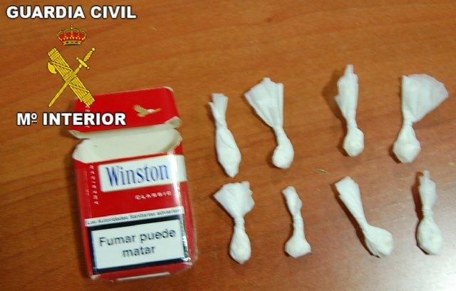 La Guardia Civil ha desmantelado dos puntos de venta de droga al menudeo en Mazarrón, Foto 1