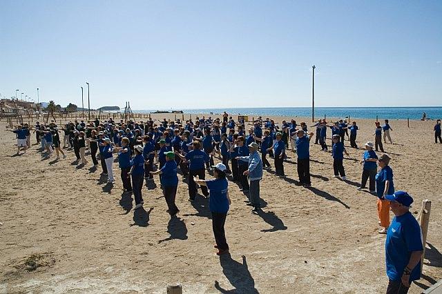 Muestra de senderismo y gerontogimnasia en Puerto de Mazarrón, Foto 1