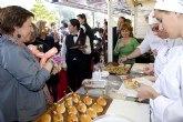 La alcaldesa inaugura la XI Feria de Asociaciones Juveniles