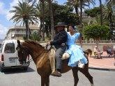 Exhibición de calesas y caballos en la Feria de Abril de Santiago de la Ribera