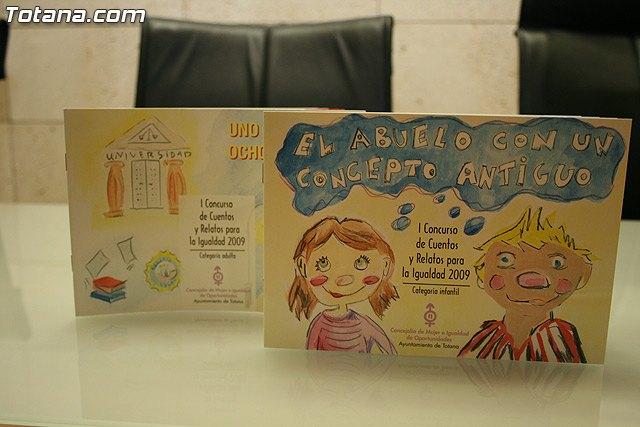 El plazo para participar en el II concurso de cuentos y relatos para la igualdad 2010 permanecer� abierto hasta el pr�ximo d�a 15 de mayo, Foto 1
