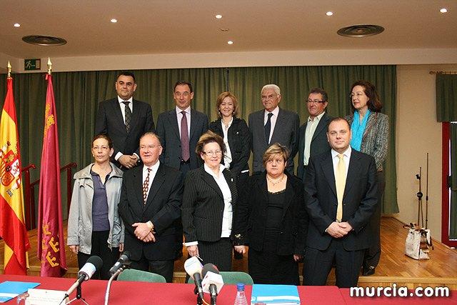 La Comunidad financia con 10,5 millones de euros a cuatro ayuntamientos y a nueve asociaciones para atenci�n temprana, Foto 1