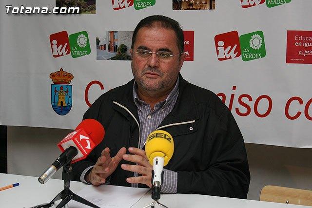 """IU asegura que desde el anuncio de Valc�rcel, Mart�nez Andreo se dedica a hacer """"bolos"""" en los medios, contando su vida en cr�nica rosa, Foto 1"""