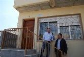Los jóvenes de El Paretón y de la localidad se interesan por las ocho viviendas tipo dúplex que Proinvitosa ha construido en la pedanía