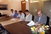 Blaya firma el contrato con Iniciativas Locales S.L para la gesti�n de los CAI