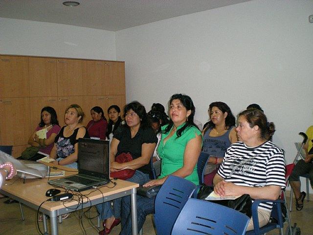 Comienzan los talleres de formaci�n para mujeres inmigrantes, Foto 3