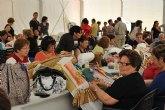 El XI encuentro de encajeras de bolillo reúne en San Pedro del Pinatar a más de 100 artesanas