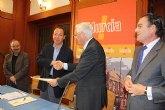 El Alcalde firma un convenio con Iberdrola que hará desaparecer las torres y cables aéreos en El Palmar, Espinardo y Los Rectores