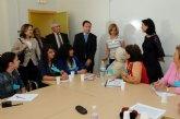 El rector y el consejero de Política Social visitaron los talleres de la jornada intergeneracional