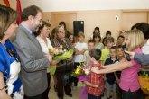 Ayuntamiento y Comunidad Autónoma trabajarán para que la crisis no afecte a la Educación