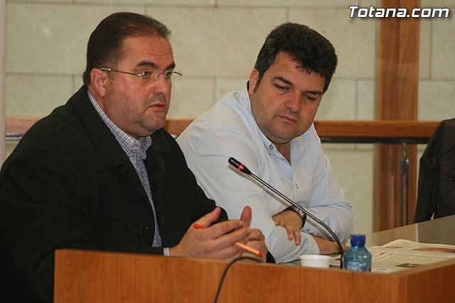 IU acusa al Alcalde de Totana de tener poco respeto a la Instituci�n, Foto 1