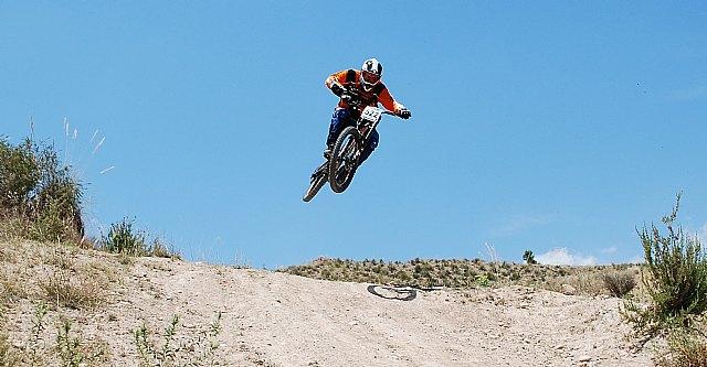 El totanero Jos� S�nchez C�novas, campeon de la 2º  prueba del campeonato de España de descenso master 40, Foto 1