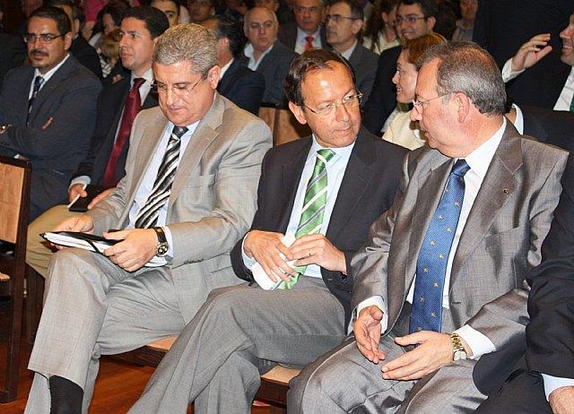 El Alcalde expresa su reconocimiento al esfuerzo y sacrificio de los empresarios de construcción para afrontar la crisis - 1, Foto 1