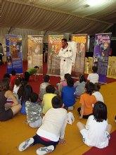 Cientos de escolares visitan en San Javier la Semana de la Ciencia