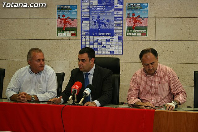 El estadio municipal Juan Cayuela acogerá el IX Torneo de Fútbol Infantil Ciudad de Totana, Foto 1