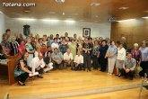 Más de 200 usuarios del Centro Municipal de Personas Mayores de la localidad reciben los diplomas