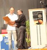 Premios y Trofeo Compromiso 10 en su Tercera