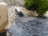 Alertan a la Guardia Civil de un vertido contaminante al cauce de la rambla Alta