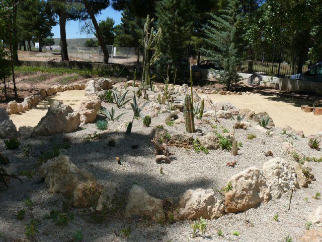 Quince desempleados asisten a un curso de formación en jardinería y mantenimiento de espacios públicos urbanos - 2, Foto 2