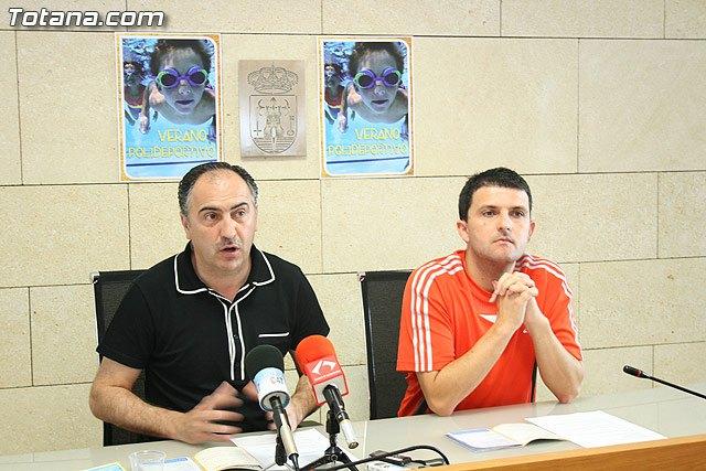 La concejal�a de Deportes presenta un refrescante programa de actividades del Verano Polideportivo 2010 para niños, j�venes y adultos, Foto 1