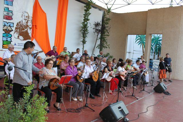 Finaliza la XX Semana de los Mayores con la actuación de Rondallas, Foto 1