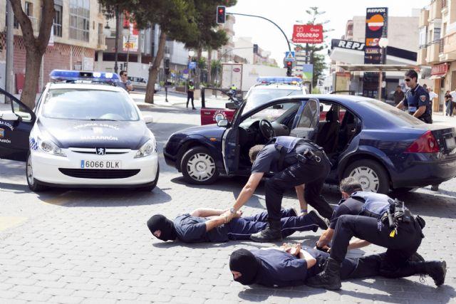 Simulacro policial en una joyería mazarronera - 2, Foto 2
