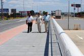 El ayuntamiento amplía un puente para mejorar la seguridad de los peatones