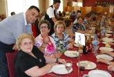 Cerca de 400 socios y usuarios de los Centros de Personas Mayores celebran una comida de convivencia