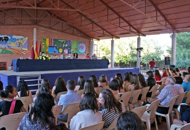 Finaliza el curso escolar con la tradicional entrega de diplomas y orlas a los alumnos del IES Rambla de Nogalte - 2, Foto 2