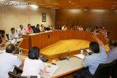 El Pleno abordará mañana una quincena de propuestas