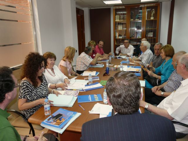 El Patronato de la Fundación de Estudios Médicos de Molina de Segura elige como nuevo presidente al Profesor José Antonio Lozano Teruel - 2, Foto 2