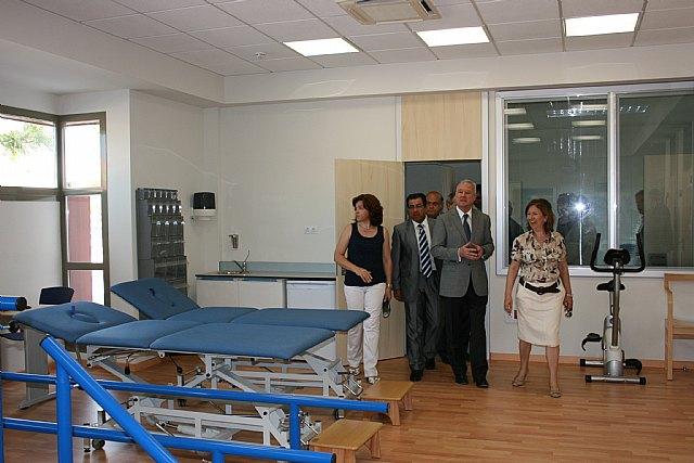 Valcárcel inaugura el nuevo Centro de Salud del Puerto de Mazarrón, en cuya construcción se han invertido 4,5 millones de euros - 2, Foto 2