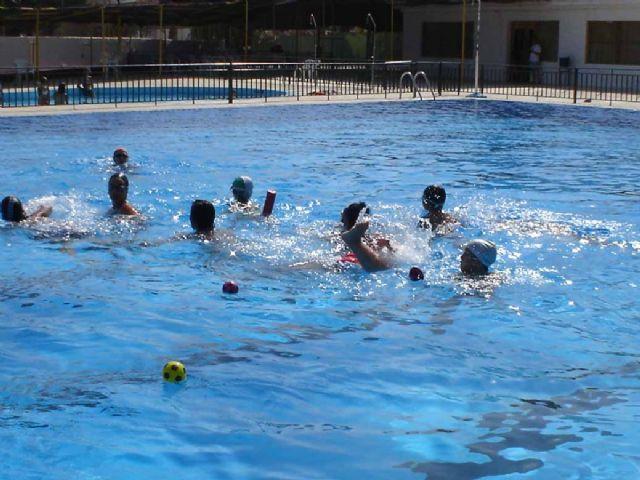 Desde el pasado fin de semana están abiertas al público las dos piscinas municipales - 3, Foto 3